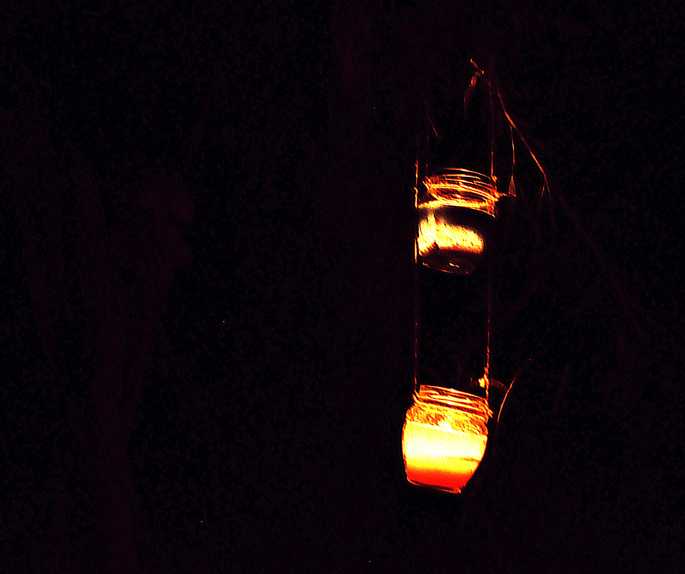 8_candles-in-the-night