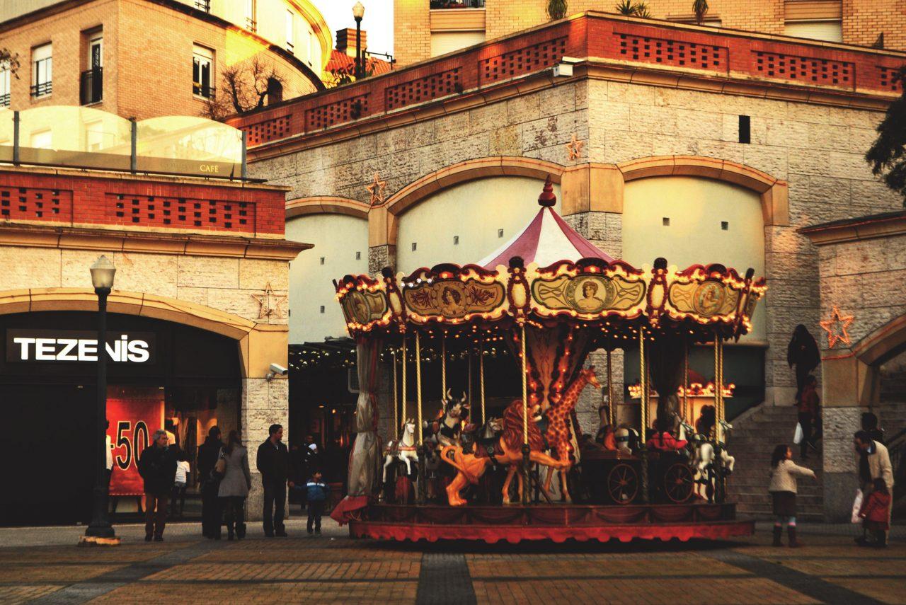 aveiro-01-merry-go-round