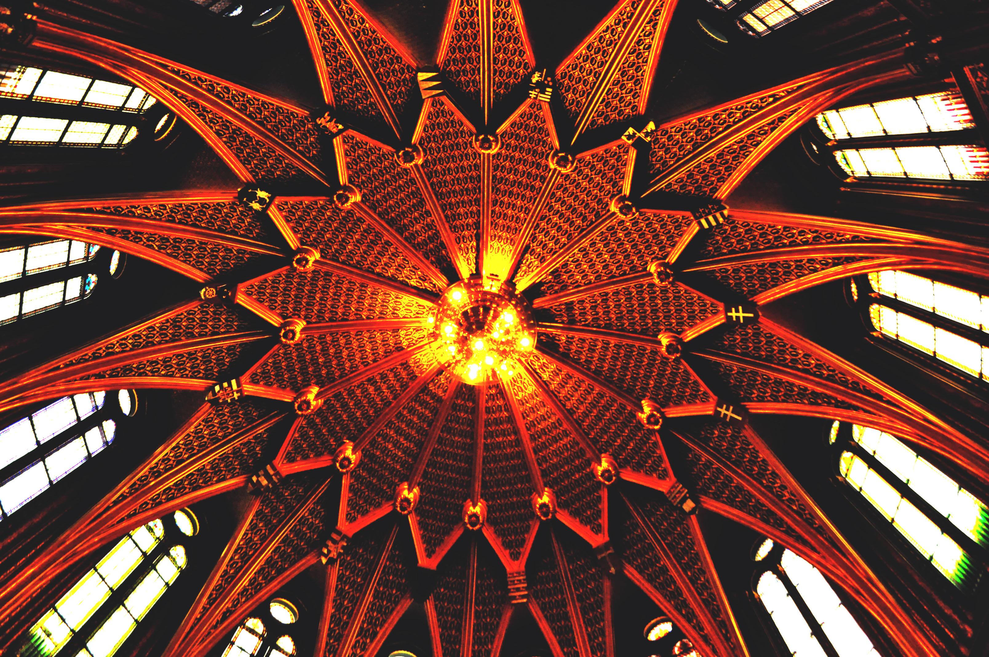 budapest-15-parliament-ceiling