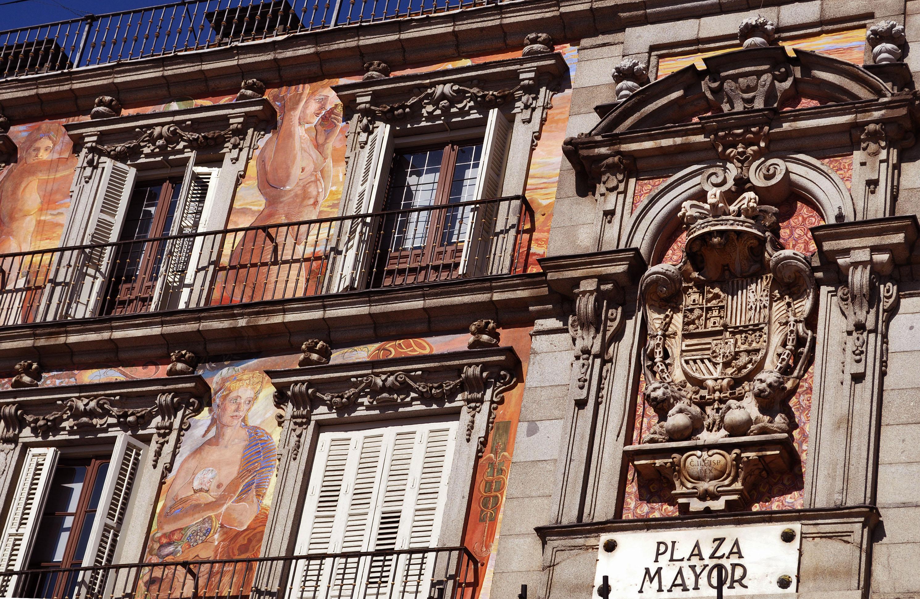 madrid-plaza-mayor-facade