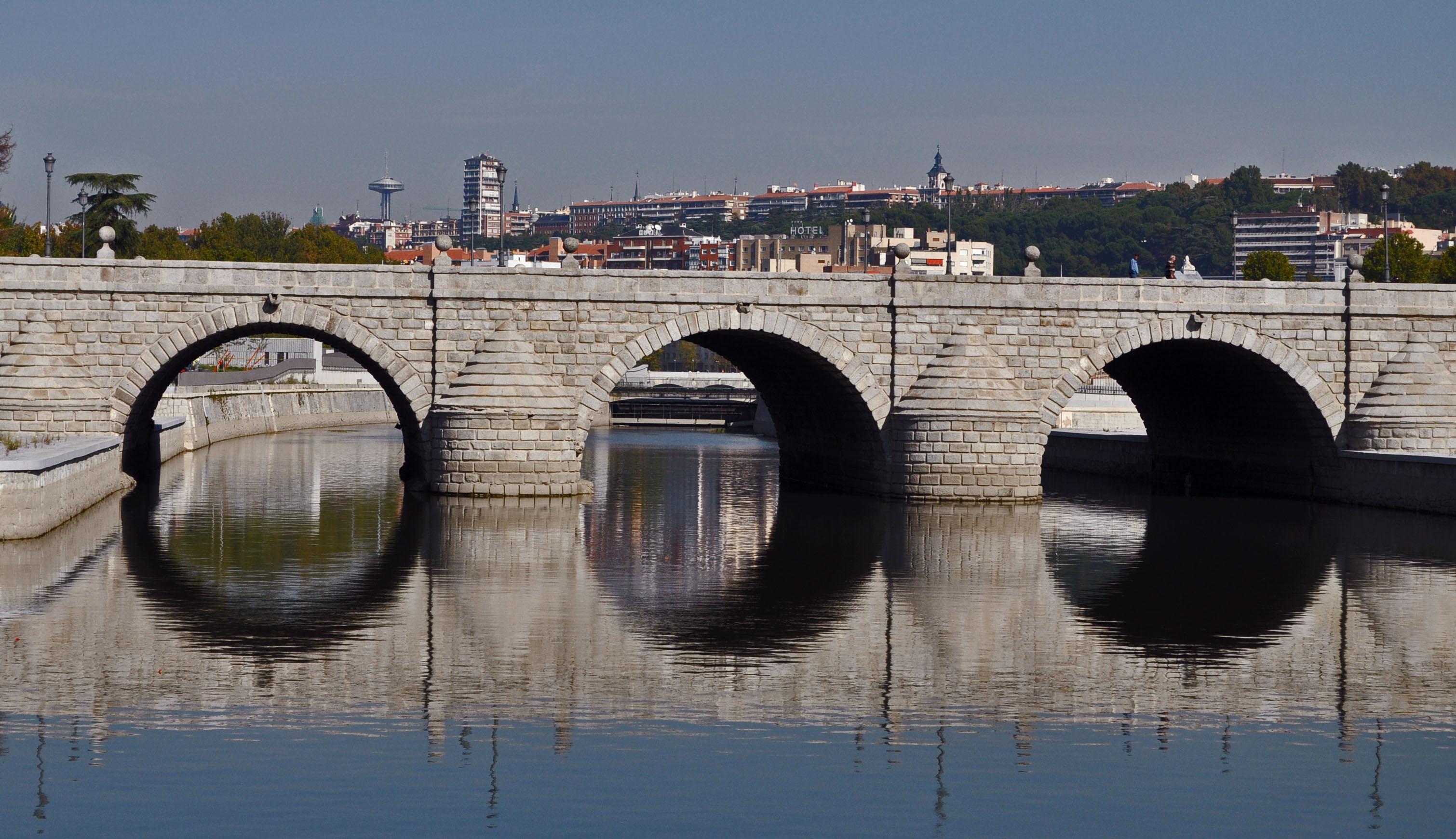 madrid-puente-de-segovia