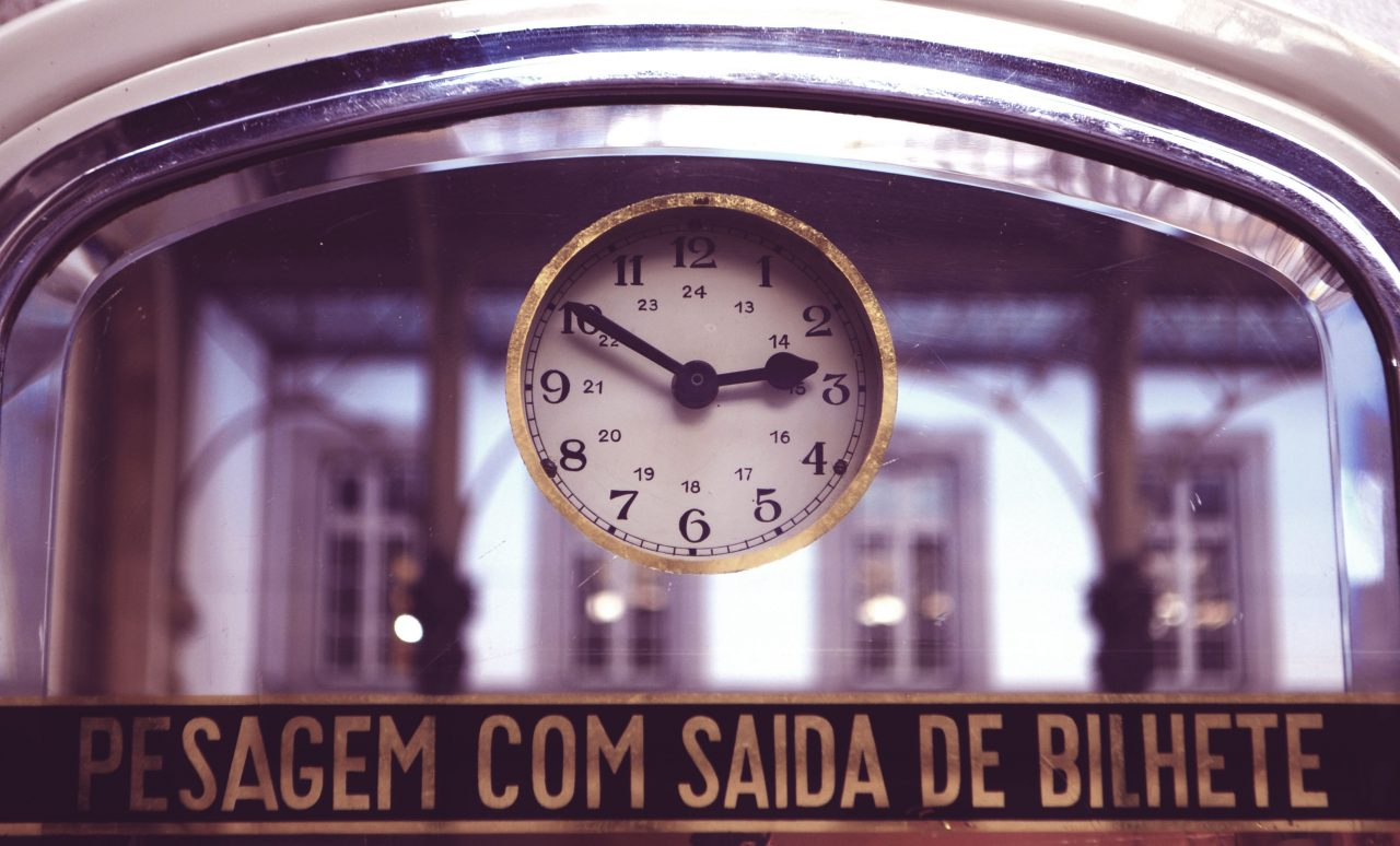 porto_sao-bento-clock_10-to-three
