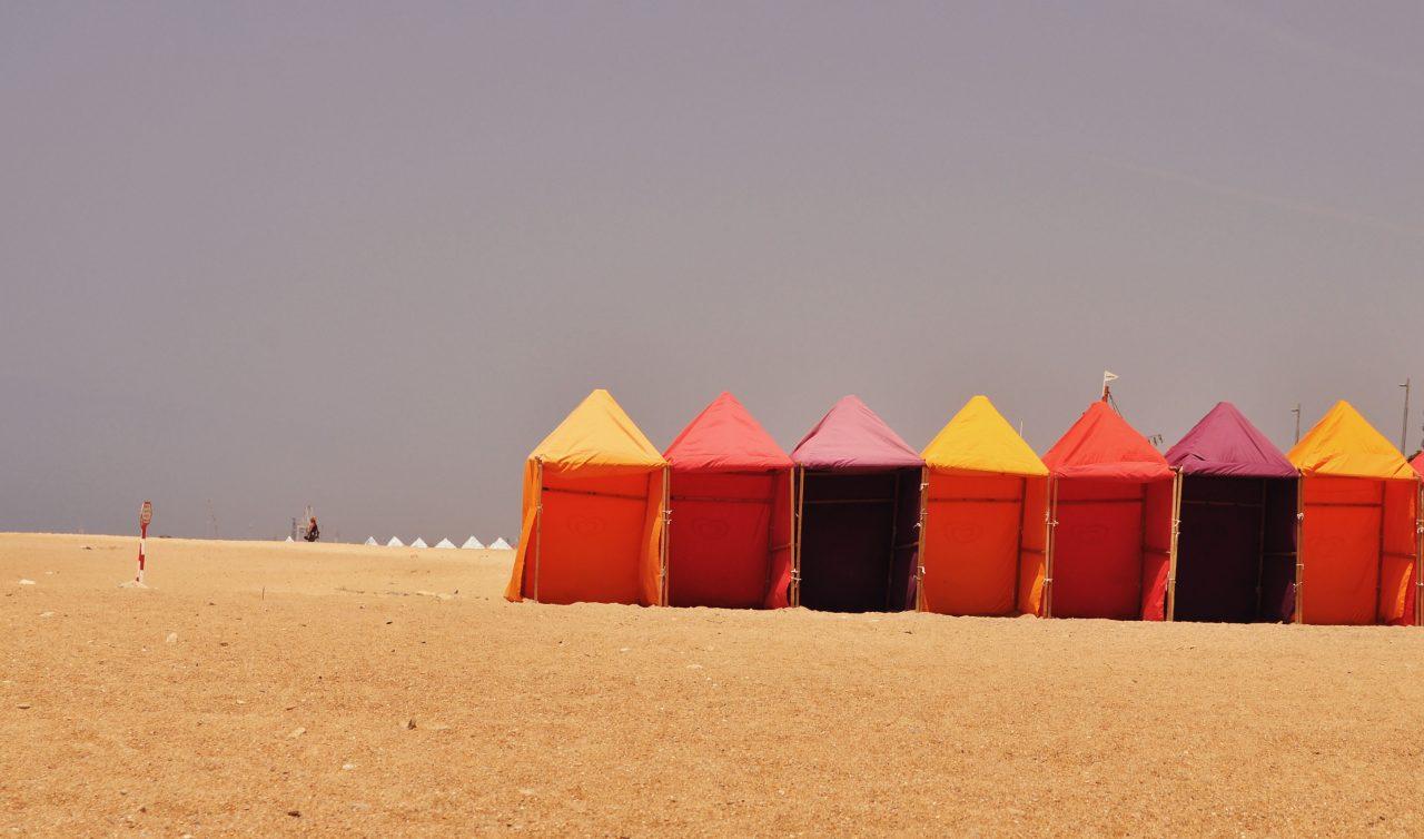 porto_minimalist-tents-ocean