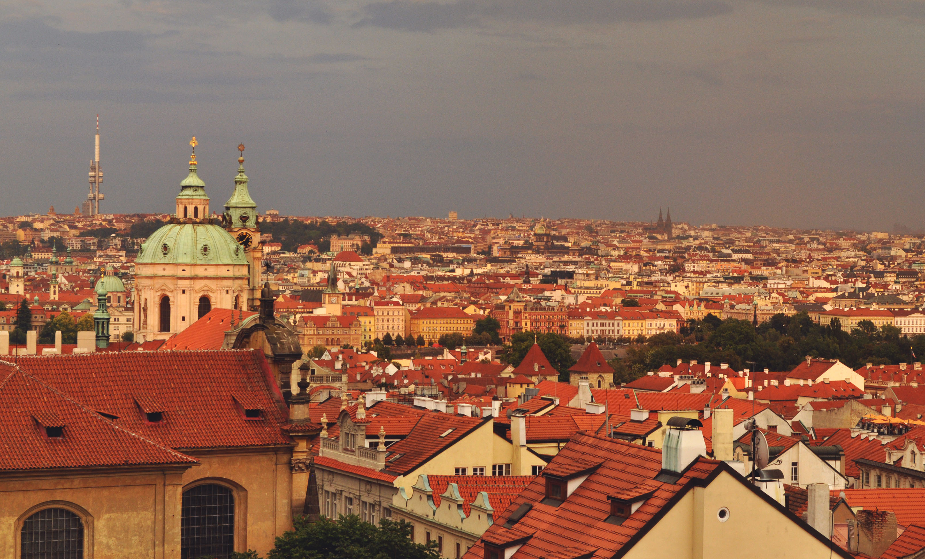 praga-city-overview