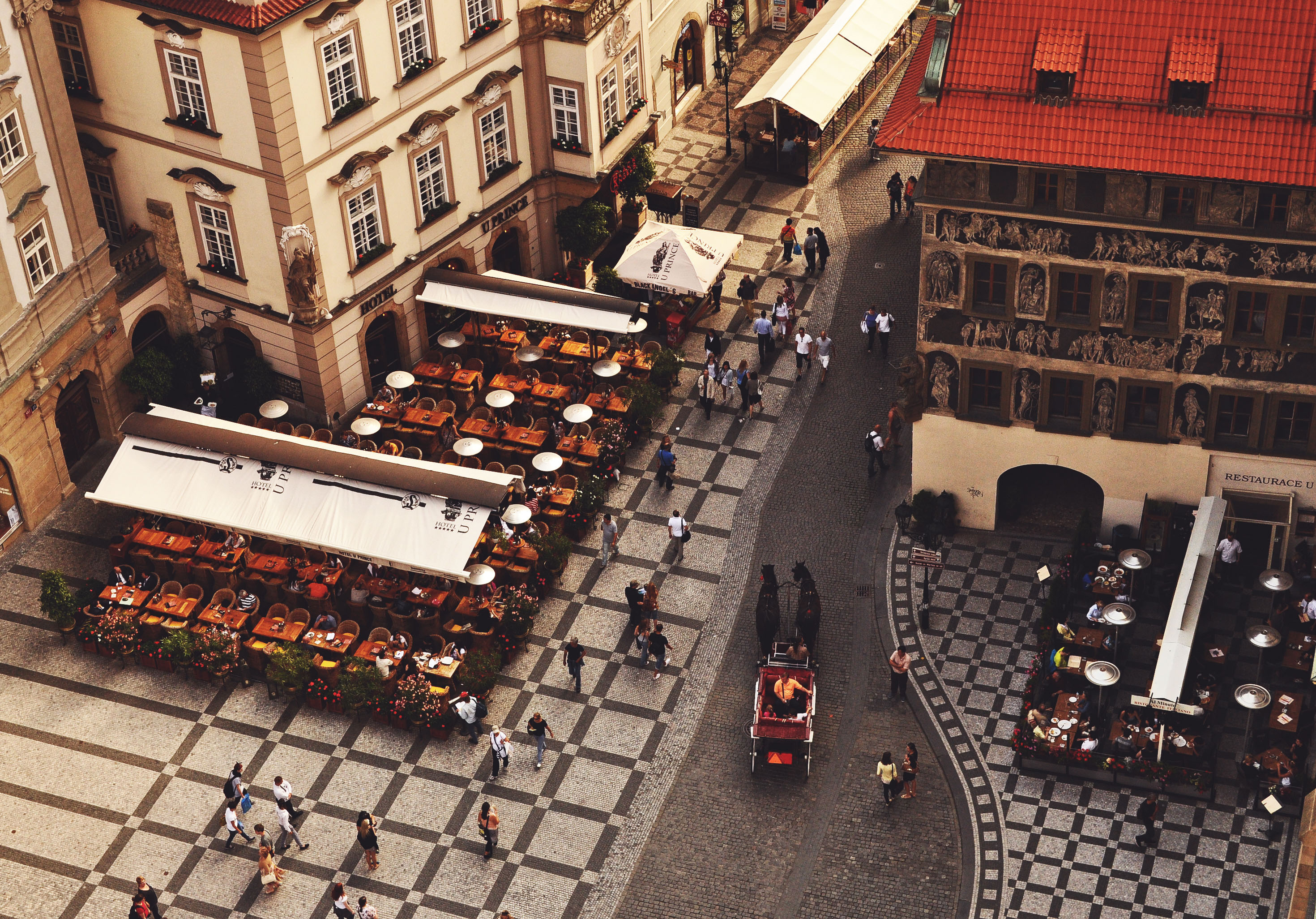 praga-from-above-a