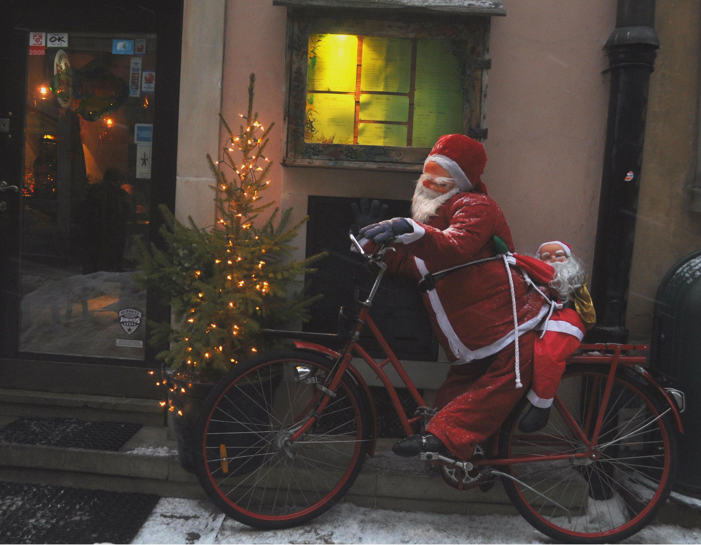 warsaw_biker-santa