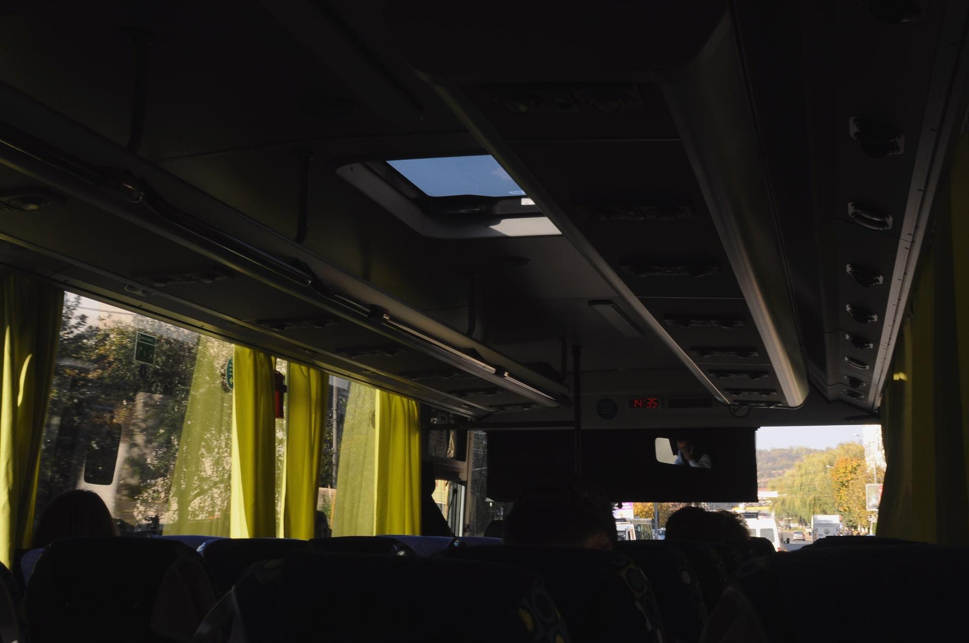 Autobuz Raluca turcanasu-min